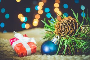 stellar-adjusting-safe-home-decorating-tips-for-the-holidays-christmas-tree-presents